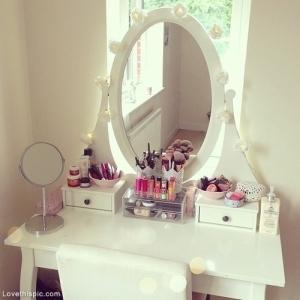 27756-Makeup-Dresser - Copy
